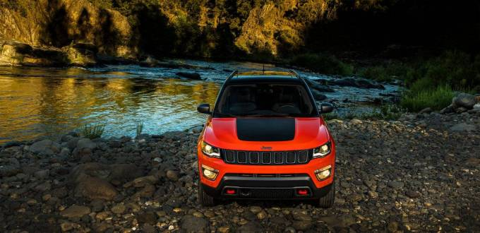 2017-Jeep-Compass-VLP-Gallery-Trailhawk-Front-Head-On.jpg.image.1440